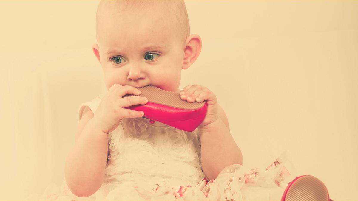 Schock: Giftstoffe in Babykrabbelschuhen