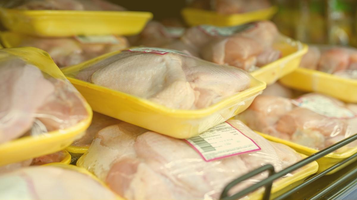 """""""Eine Frechheit"""": Dieser Handelskonzern verschleudert Hühnerfleisch aus Litauen"""