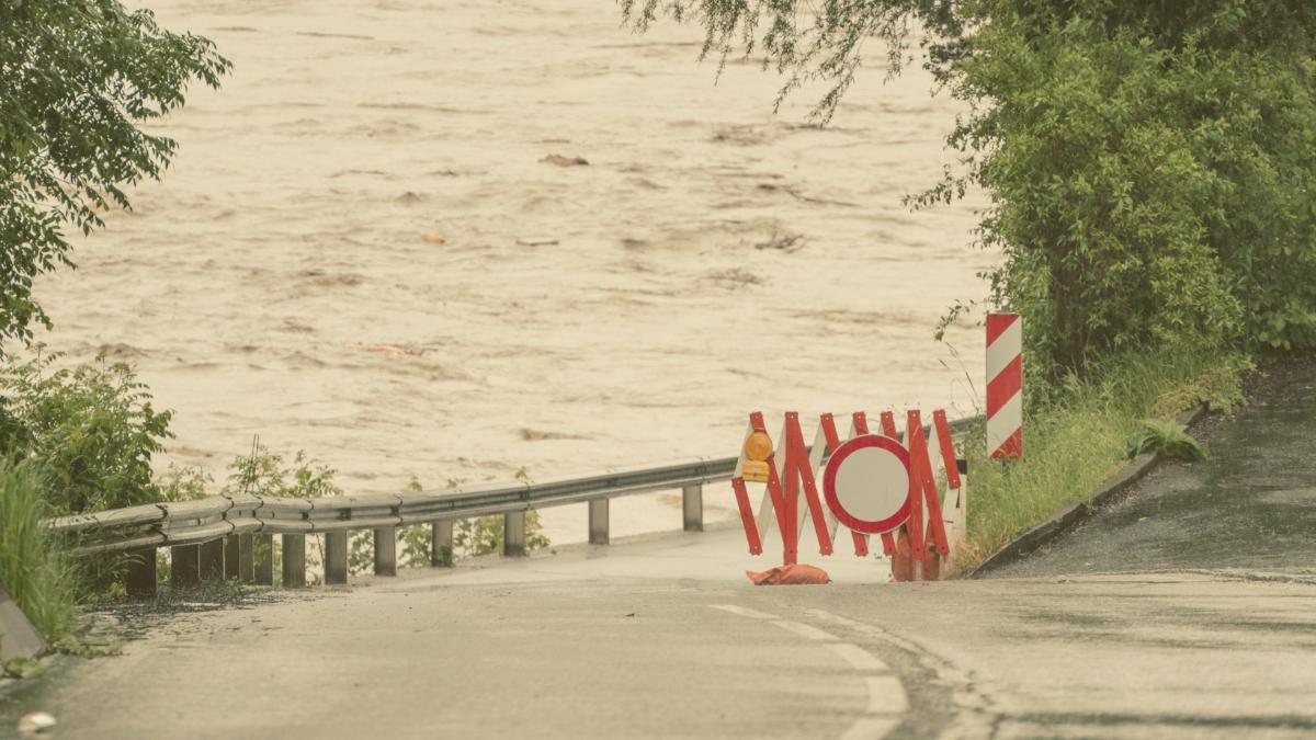 Hochwasser in Österreich: Erstes Todesopfer und neue Unwetterwarnungen