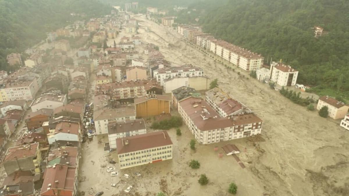 Tote und Zerstörung: Diese Städte wurden jetzt von Hochwasser verwüstet