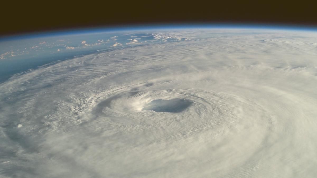 4 Meter hohe Flutwelle droht: Lebensgefahr für zigtausende Menschen durch Hurrikan