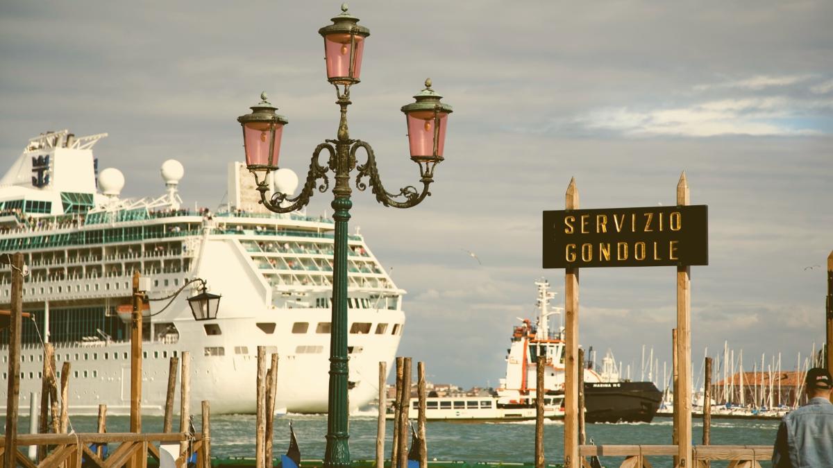 Per Dekret: Große Kreuzfahrtschiffe ab 1. August aus Venedig verbannt