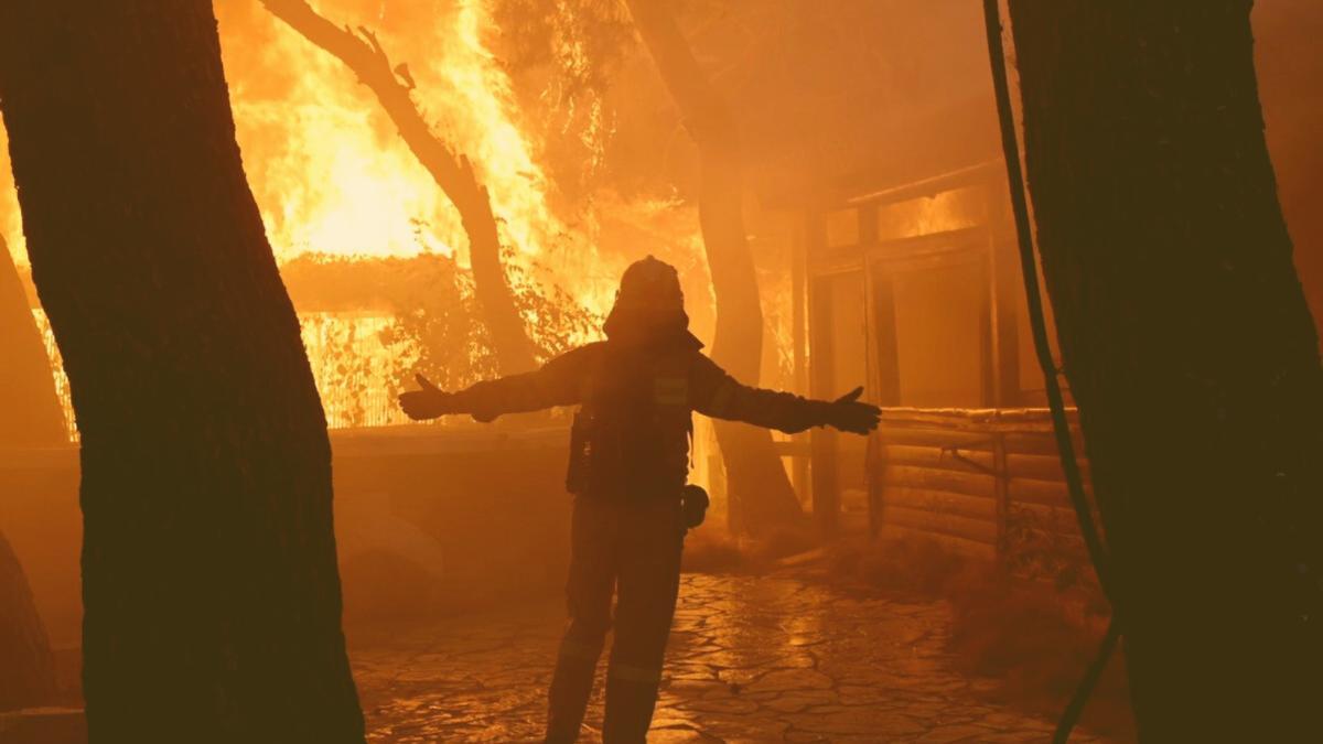 Alarm in Athen: Millionen-Metropole steht vor Brand-Katastrophe