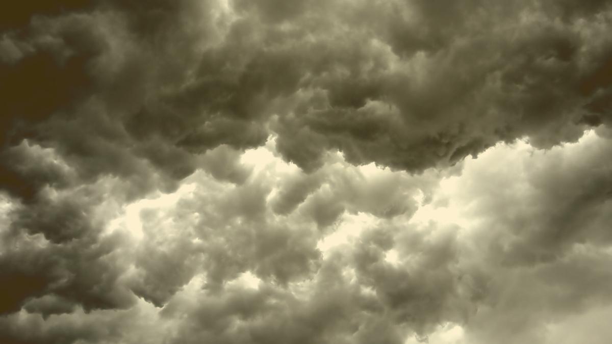 Amtliche Unwetter-Warnung: Hier kommt es jetzt zu Starkregen, Hagel & Sturm